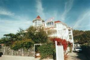 Kamelia Family Hotel